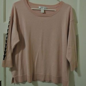 Pink 3/4 sleeve sweater with black lacing